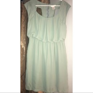 Dresses & Skirts - Light olive dress. Boutique Size Small